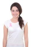 Vrouw met roze kankerlint op de borst Stock Fotografie