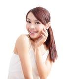 Vrouw met schoonheidsgezicht en perfecte huid Royalty-vrije Stock Afbeelding