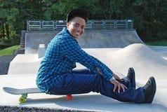Vrouw met Skateboard 9 Royalty-vrije Stock Foto's