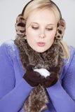 Vrouw met sneeuw Royalty-vrije Stock Foto