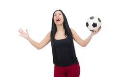 Vrouw met voetbal op wit wordt geïsoleerd dat Stock Fotografie