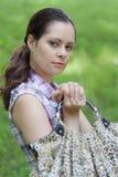 Vrouw met zak Royalty-vrije Stock Afbeeldingen