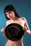 Vrouw met zwarte hoed Royalty-vrije Stock Afbeeldingen