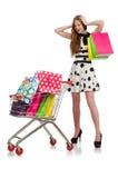 Vrouw na het winkelen in de geïsoleerde supermarkt Royalty-vrije Stock Fotografie