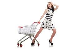 Vrouw na het winkelen in de geïsoleerde supermarkt Stock Afbeeldingen