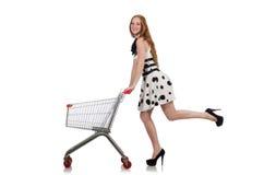 Vrouw na het winkelen in de geïsoleerde supermarkt Royalty-vrije Stock Foto's