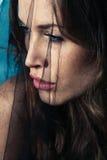 Vrouw onder sluier Stock Foto's