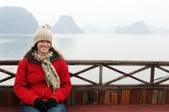 Vrouw op een boot Stock Afbeeldingen