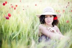 Vrouw op gebied Stock Foto's