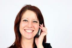 Vrouw op haar cellulaire telefoon Royalty-vrije Stock Fotografie