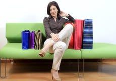 Vrouw op het winkelen reis Stock Foto's