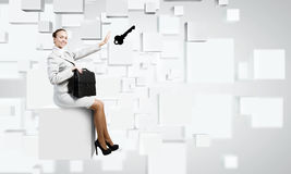 Vrouw op kubus Royalty-vrije Stock Fotografie