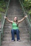 Vrouw op Stappen Stock Foto
