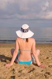 Vrouw op strand Royalty-vrije Stock Foto