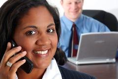 Vrouw op Telefoon Stock Afbeeldingen