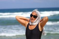 Vrouw op vakantie Royalty-vrije Stock Afbeeldingen