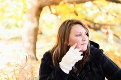 Vrouw in openlucht royalty-vrije stock fotografie
