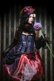 Vrouw in poppenstijl. Creatieve samenstelling. royalty-vrije stock fotografie