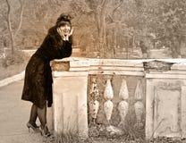 Vrouw in retro stijl royalty-vrije stock foto's