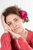 Vrouw in roze stock fotografie