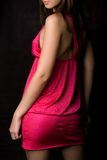 Vrouw in roze Stock Foto's
