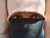 Vrouw in sluier Stock Foto's
