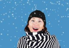 Vrouw in sneeuw Stock Afbeelding