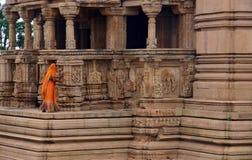 Vrouw in tempel Royalty-vrije Stock Fotografie