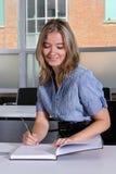 Vrouw terug naar school Royalty-vrije Stock Fotografie