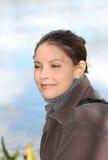 Vrouw tijdens daling Stock Foto's