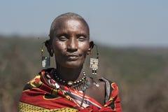 Vrouw van de Massai-Stam in Tanzania stock afbeeldingen