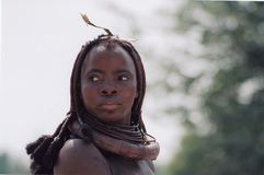 Vrouw van Himba-stam stock foto's