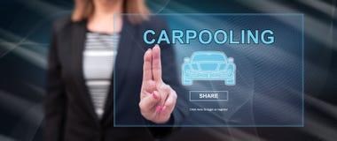 Vrouw wat betreft een carpooling concept royalty-vrije stock foto