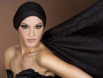 Vrouw in zwarte royalty-vrije stock afbeeldingen
