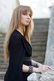 Vrouw in Zwarte Royalty-vrije Stock Afbeelding