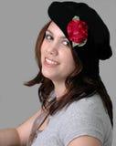 Vrouw in Zwarte Baret Royalty-vrije Stock Fotografie