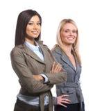 Vrouwelijk commercieel team dat op wit wordt geïsoleerds Royalty-vrije Stock Foto