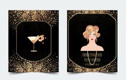 Vrouwelijk de cocktailglas van de handholding met plons Art deco (1920 \ ' Royalty-vrije Stock Afbeeldingen