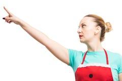 Vrouwelijk huishoudster of meisje die vinger benadrukken stock fotografie