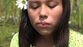 Vrouwelijk Kind die Apple eten stock videobeelden