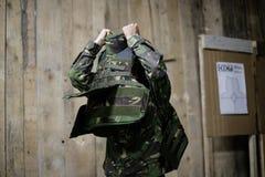 Vrouwelijk kogelvrij vest royalty-vrije stock foto's