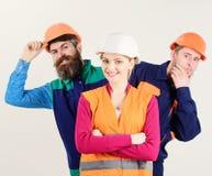 Vrouwelijk leidersconcept Vrouw, leider in bouwvakker stock foto