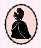 vrouwelijk silhouet op roze achtergrond Royalty-vrije Stock Foto