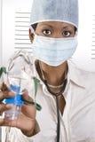 Vrouwelijke Afrikaanse arts Stock Foto