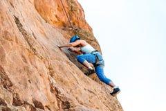 Vrouwelijke Alpinistvrouw Royalty-vrije Stock Fotografie