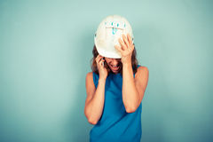 Vrouwelijke bouwer op de telefoon Royalty-vrije Stock Afbeelding