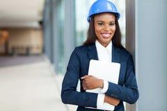 Vrouwelijke bouwingenieur stock afbeeldingen