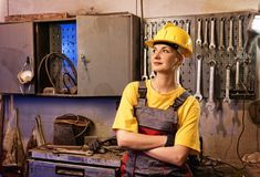 Vrouwelijke fabrieksarbeider Royalty-vrije Stock Fotografie
