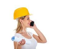 Vrouwelijke ingenieur op de telefoon Royalty-vrije Stock Fotografie