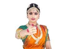 Vrouwelijke klassieke danser van India Stock Afbeeldingen
